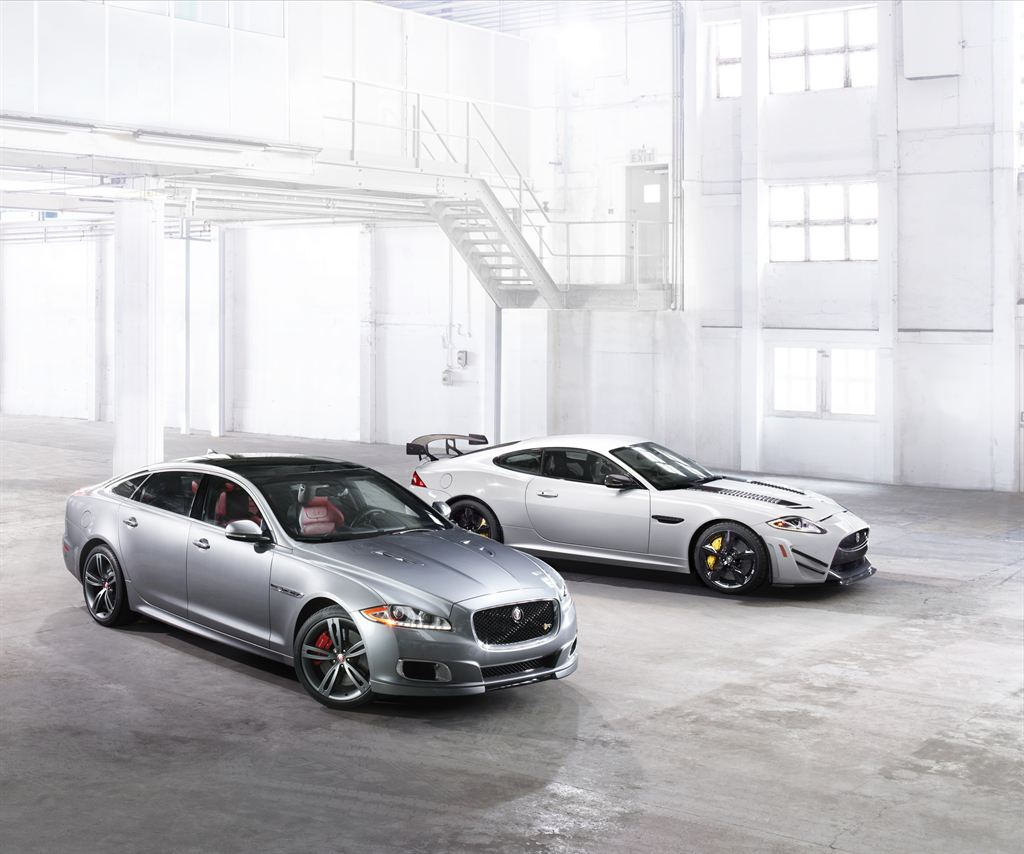 jag_xjr_xkr-s_gt_new_york_image_1_260313_LowRes