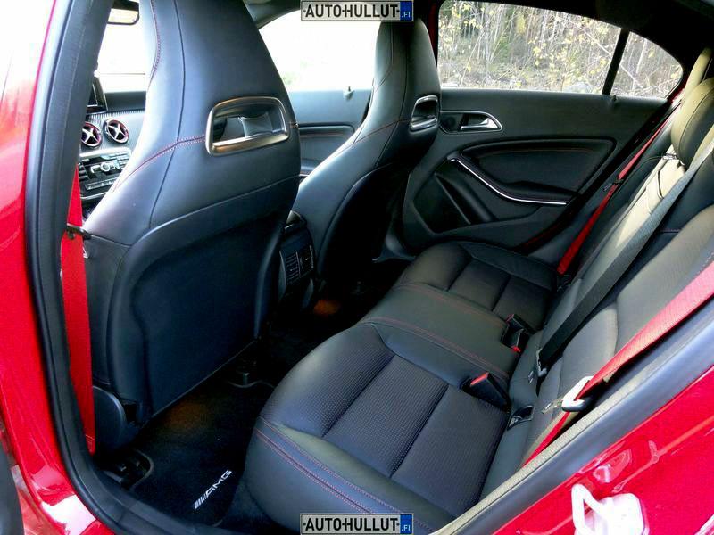 MercedesBenz_A45-AMG_3