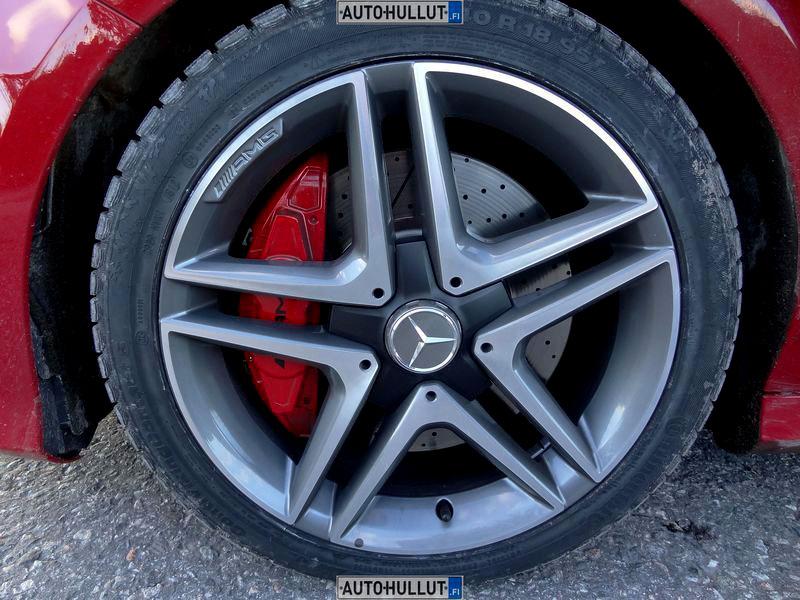 MercedesBenz_A45-AMG_5